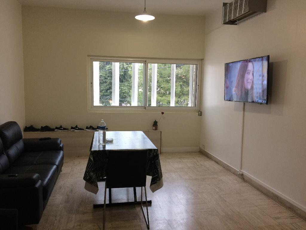 Appartement à louer 2 48m2 à Marignane vignette-1
