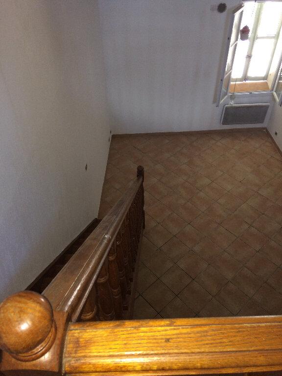Appartement à louer 4 67m2 à Marignane vignette-6