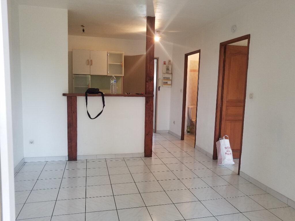 Appartement à louer 2 34.48m2 à Marignane vignette-1