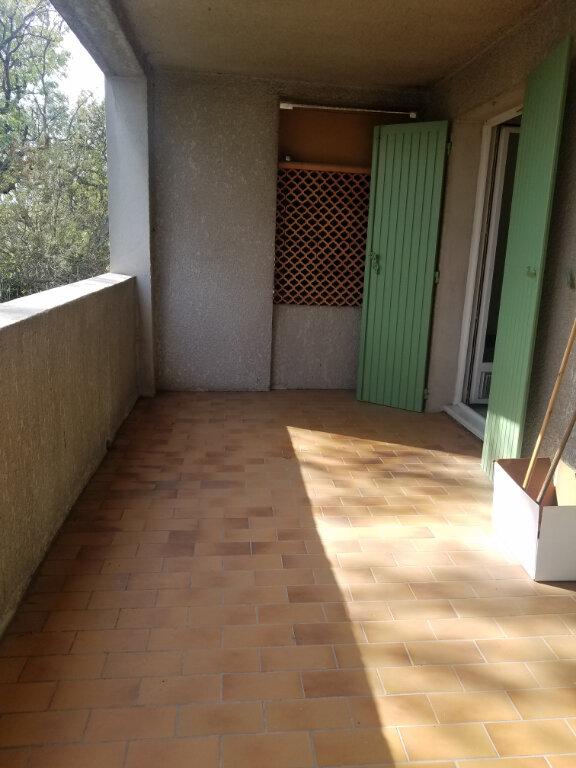 Appartement à louer 2 34.48m2 à Marignane vignette-3