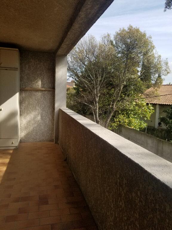 Appartement à louer 2 34.48m2 à Marignane vignette-4