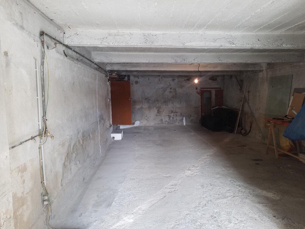 Appartement à louer 4 90.95m2 à Septèmes-les-Vallons vignette-5