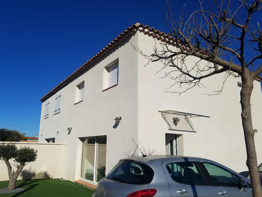 Maison à louer 4 99m2 à Châteauneuf-les-Martigues vignette-1