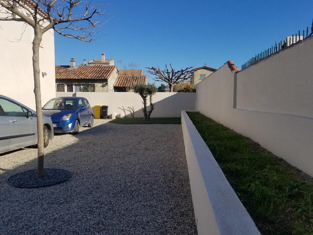 Maison à louer 4 99m2 à Châteauneuf-les-Martigues vignette-5