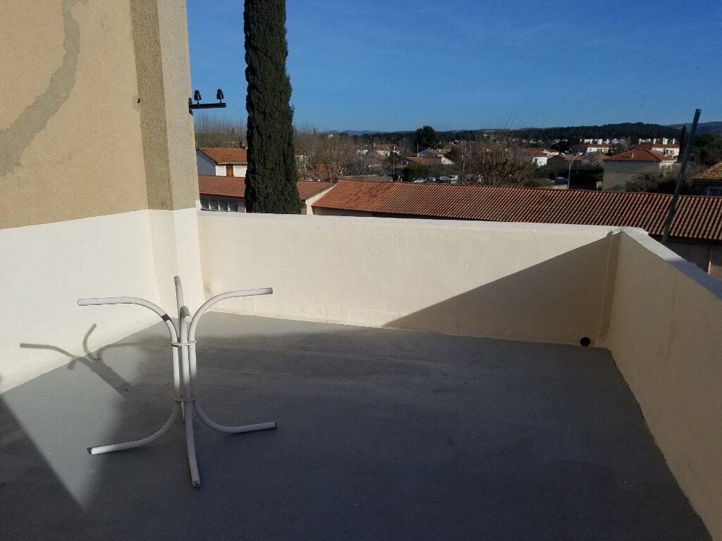 Maison à louer 3 65.73m2 à Marignane vignette-1