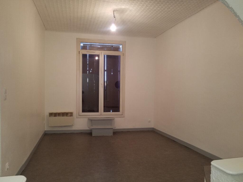 Maison à louer 3 65.73m2 à Marignane vignette-2