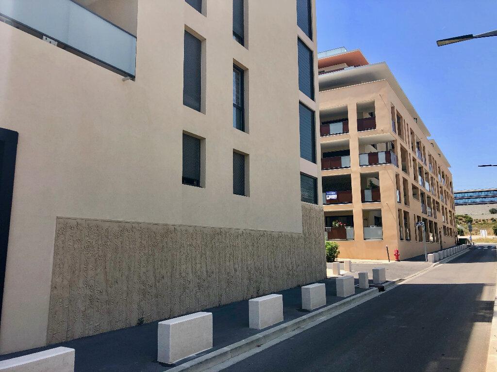 Appartement à vendre 2 42.5m2 à Aix-en-Provence vignette-2