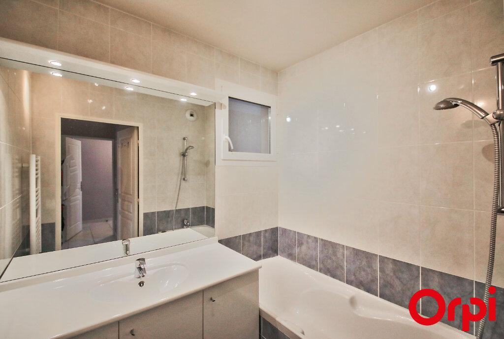 Appartement à vendre 3 65m2 à Marignane vignette-6
