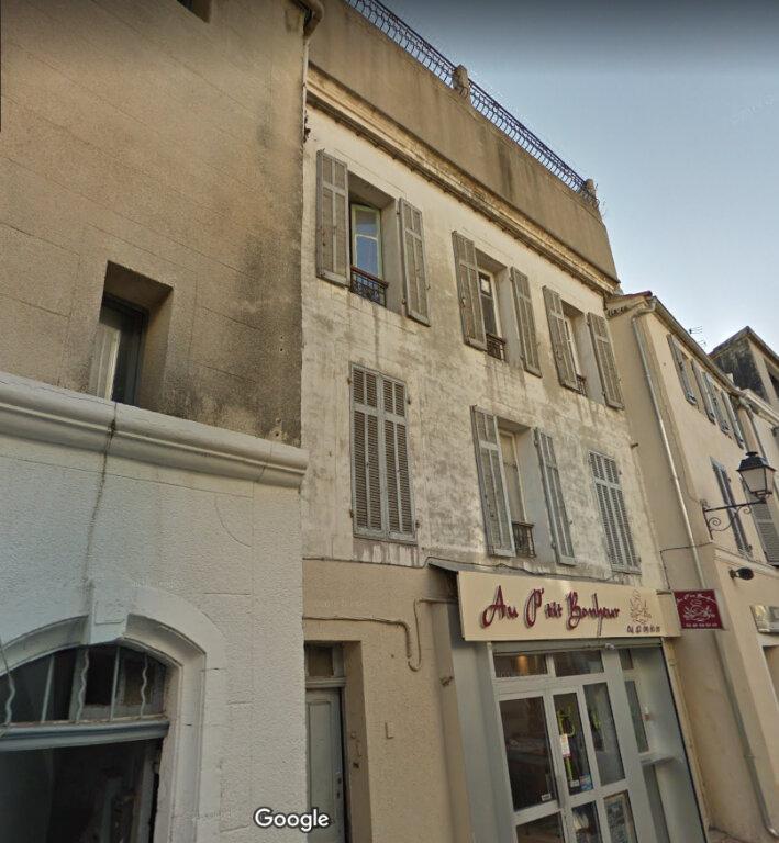Immeuble à vendre 0 121m2 à Marignane vignette-1