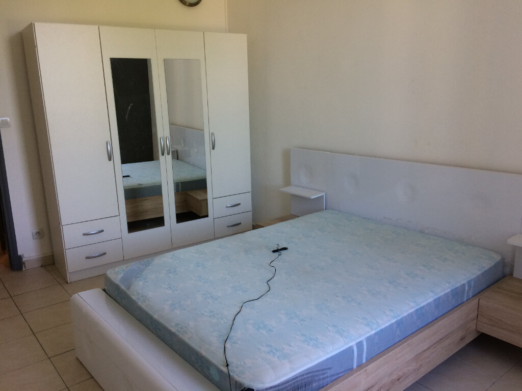 Appartement à louer 2 42.83m2 à Marignane vignette-3