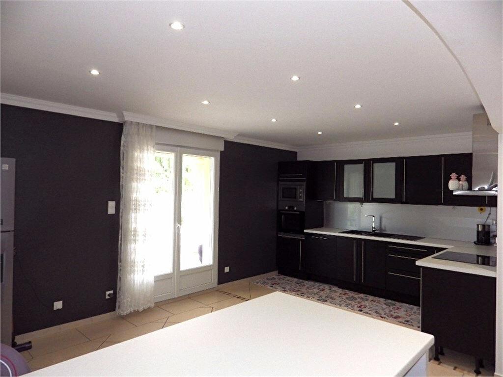 Maison à vendre 6 170m2 à Brive-la-Gaillarde vignette-6