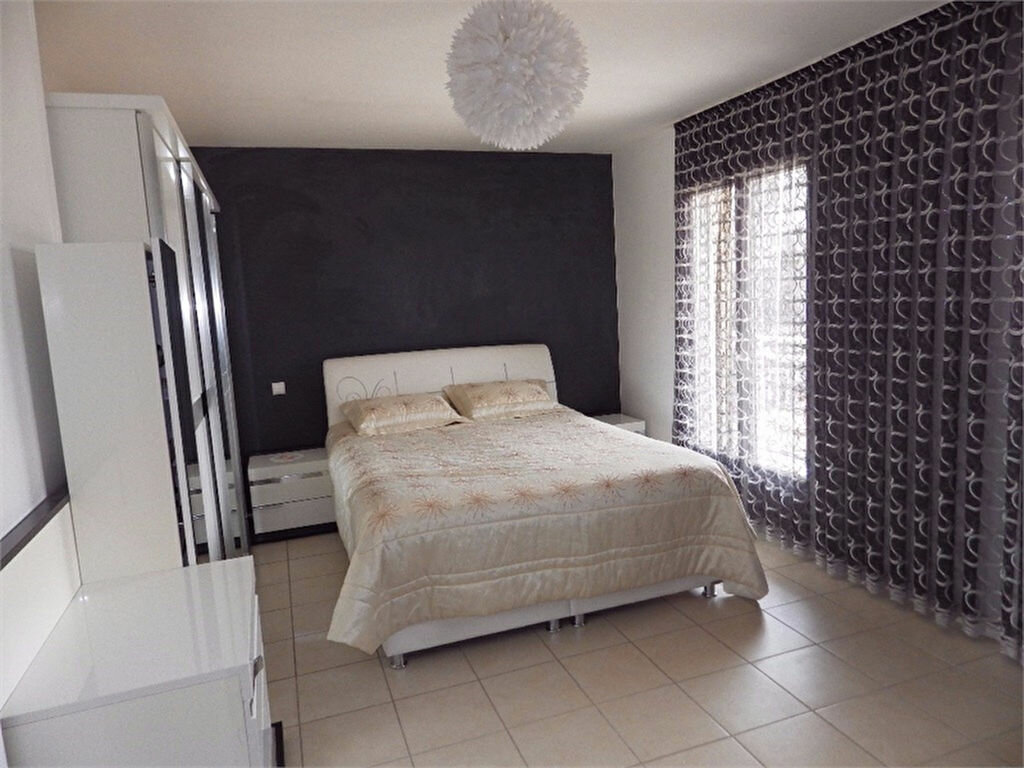 Maison à vendre 6 170m2 à Brive-la-Gaillarde vignette-8