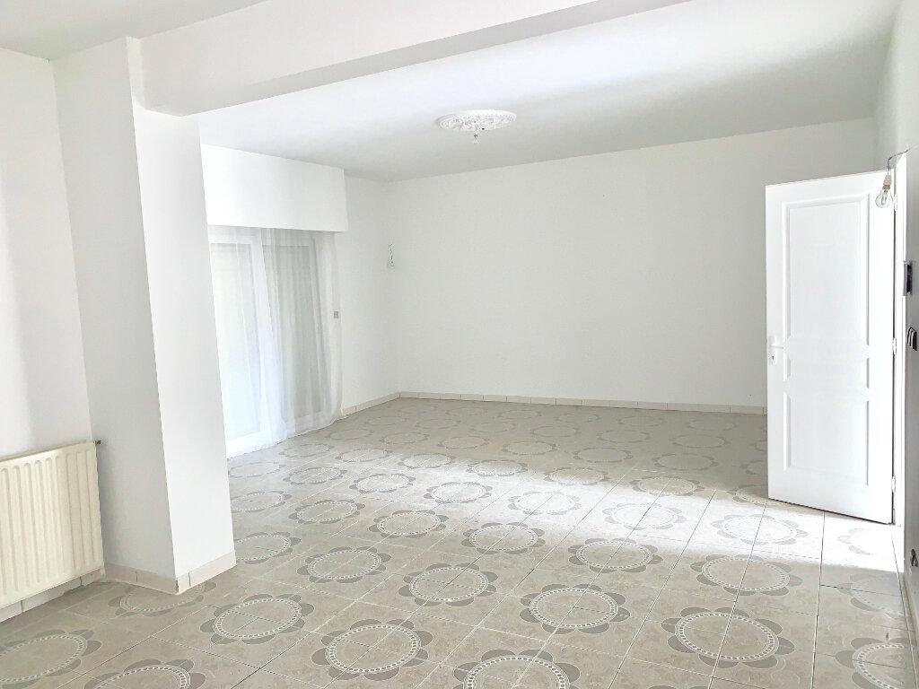 Maison à vendre 5 115m2 à Brive-la-Gaillarde vignette-2