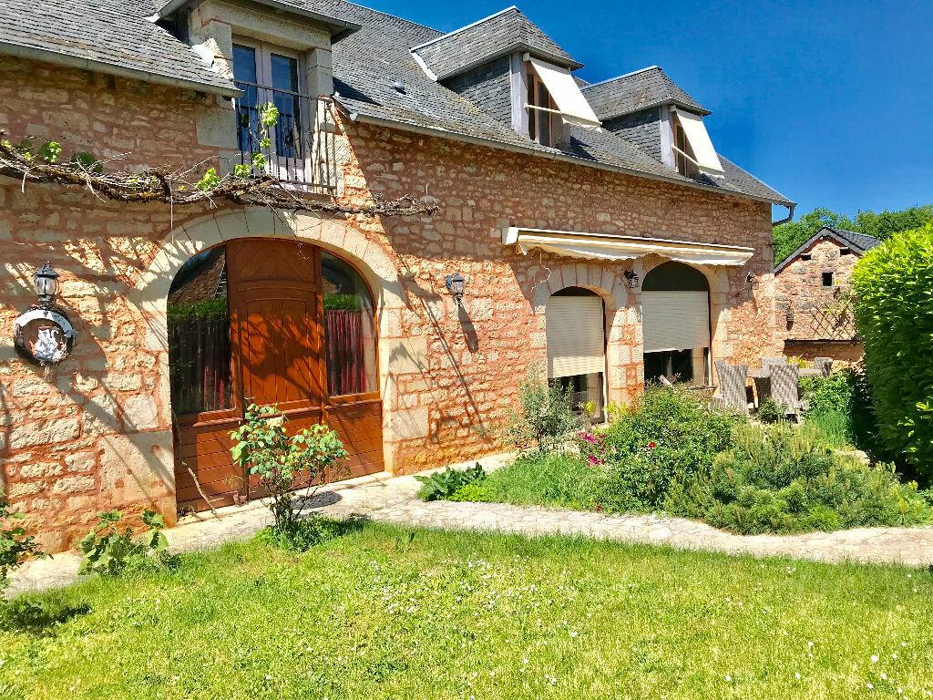 Maison à vendre 7 232m2 à Chartrier-Ferrière vignette-1