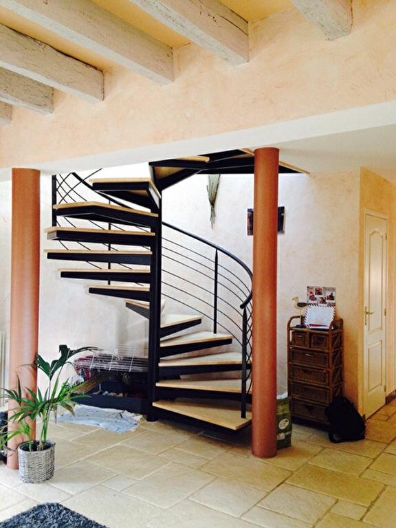 Maison à vendre 7 232m2 à Chartrier-Ferrière vignette-8