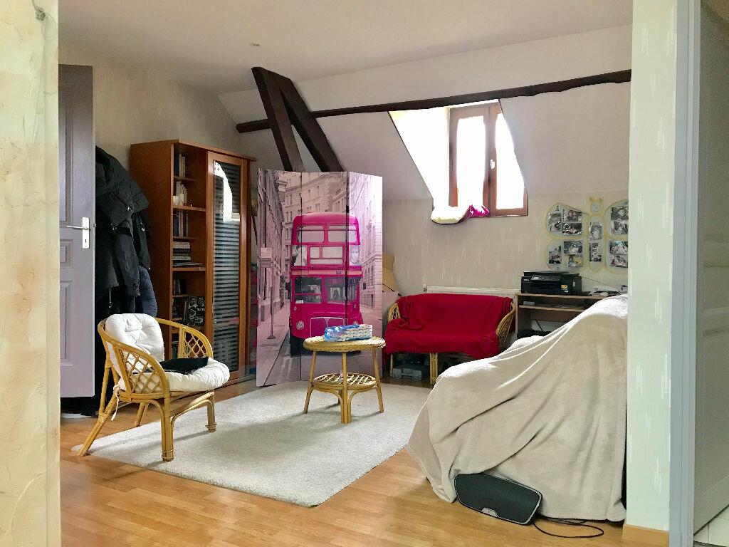 Maison à vendre 7 232m2 à Chartrier-Ferrière vignette-9