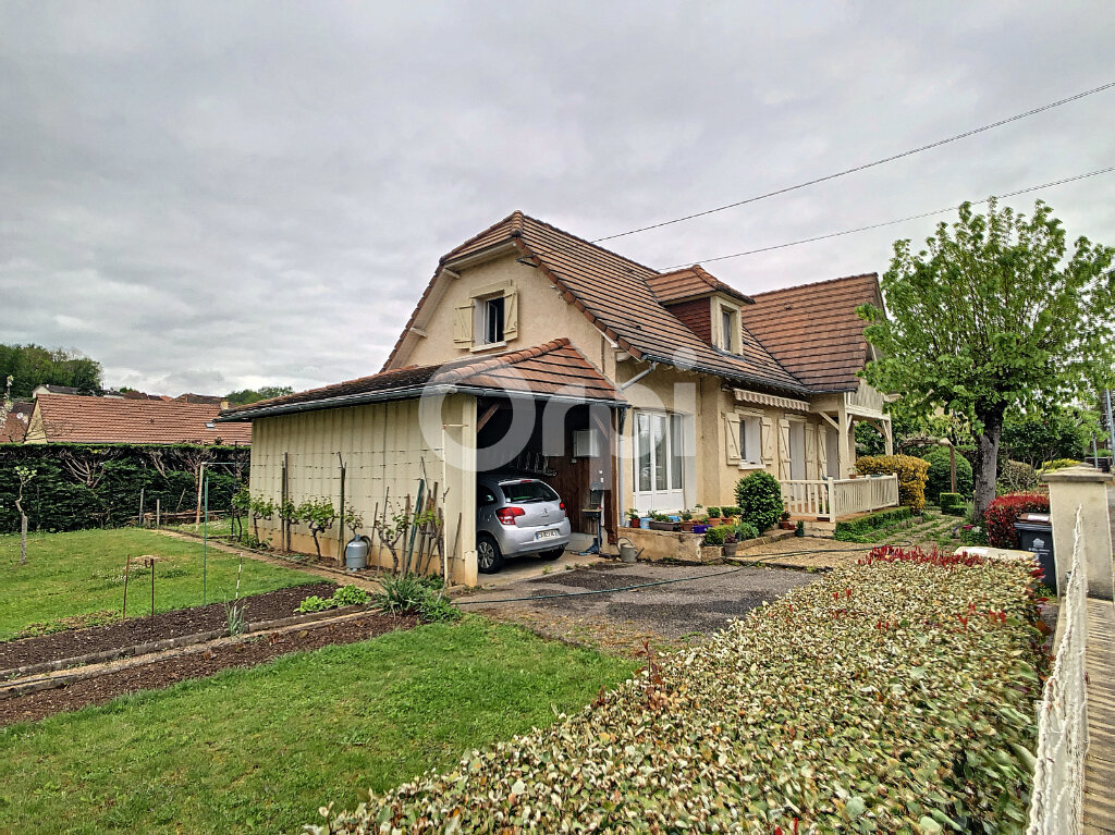 Maison à vendre 5 130m2 à Saint-Pantaléon-de-Larche vignette-3