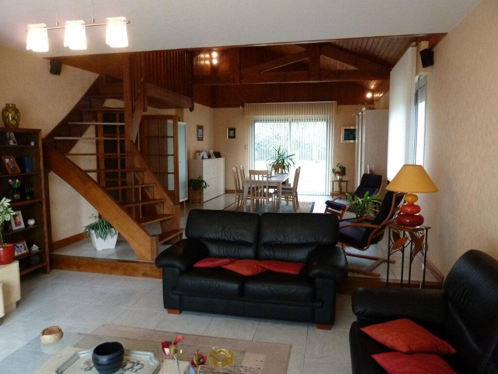 Maison à vendre 4 145m2 à Brive-la-Gaillarde vignette-4