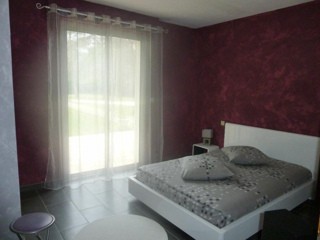 Maison à vendre 4 145m2 à Brive-la-Gaillarde vignette-9