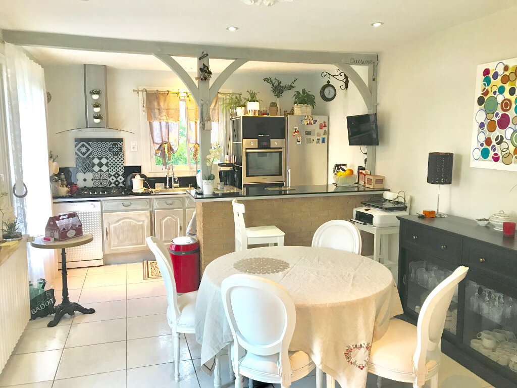 Maison à vendre 7 140m2 à Terrasson-Lavilledieu vignette-4