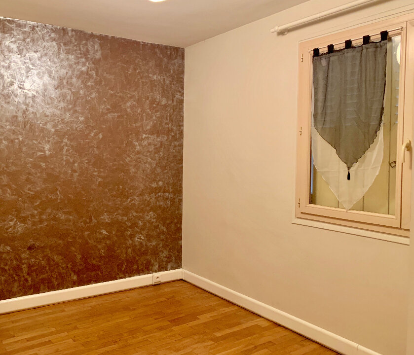 Appartement à vendre 2 46m2 à Brive-la-Gaillarde vignette-4