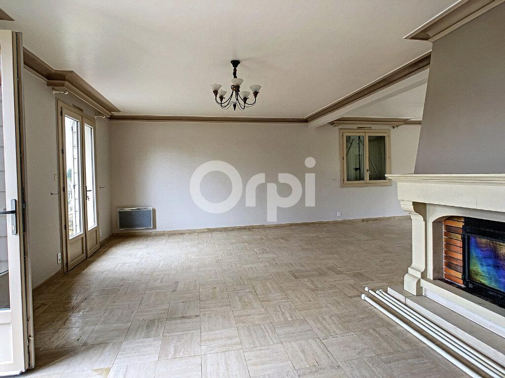 Maison à louer 6 170m2 à Sainte-Féréole vignette-2