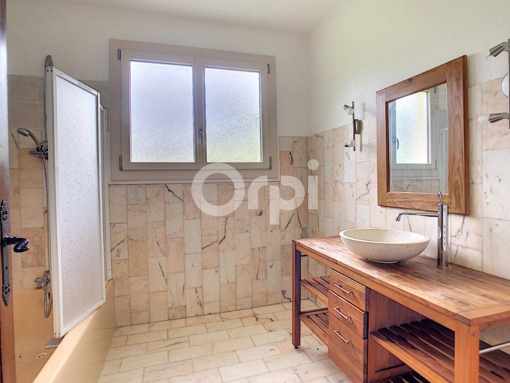 Maison à louer 6 170m2 à Sainte-Féréole vignette-7