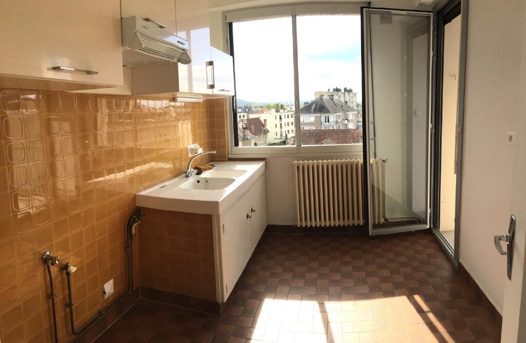 Appartement à louer 2 46m2 à Brive-la-Gaillarde vignette-4
