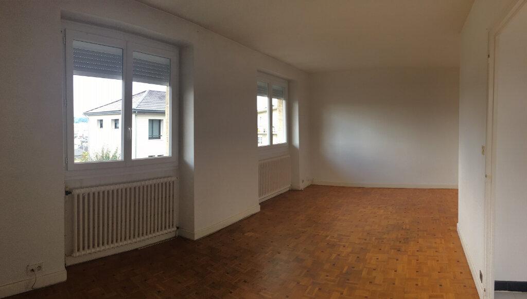 Appartement à louer 5 95m2 à Brive-la-Gaillarde vignette-4