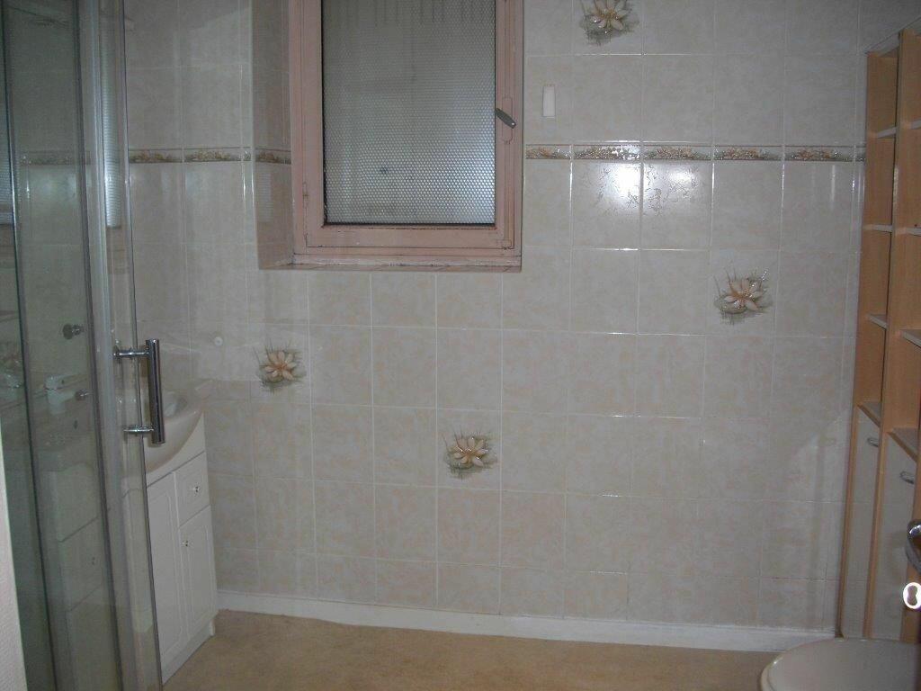 Appartement à louer 5 95m2 à Brive-la-Gaillarde vignette-6