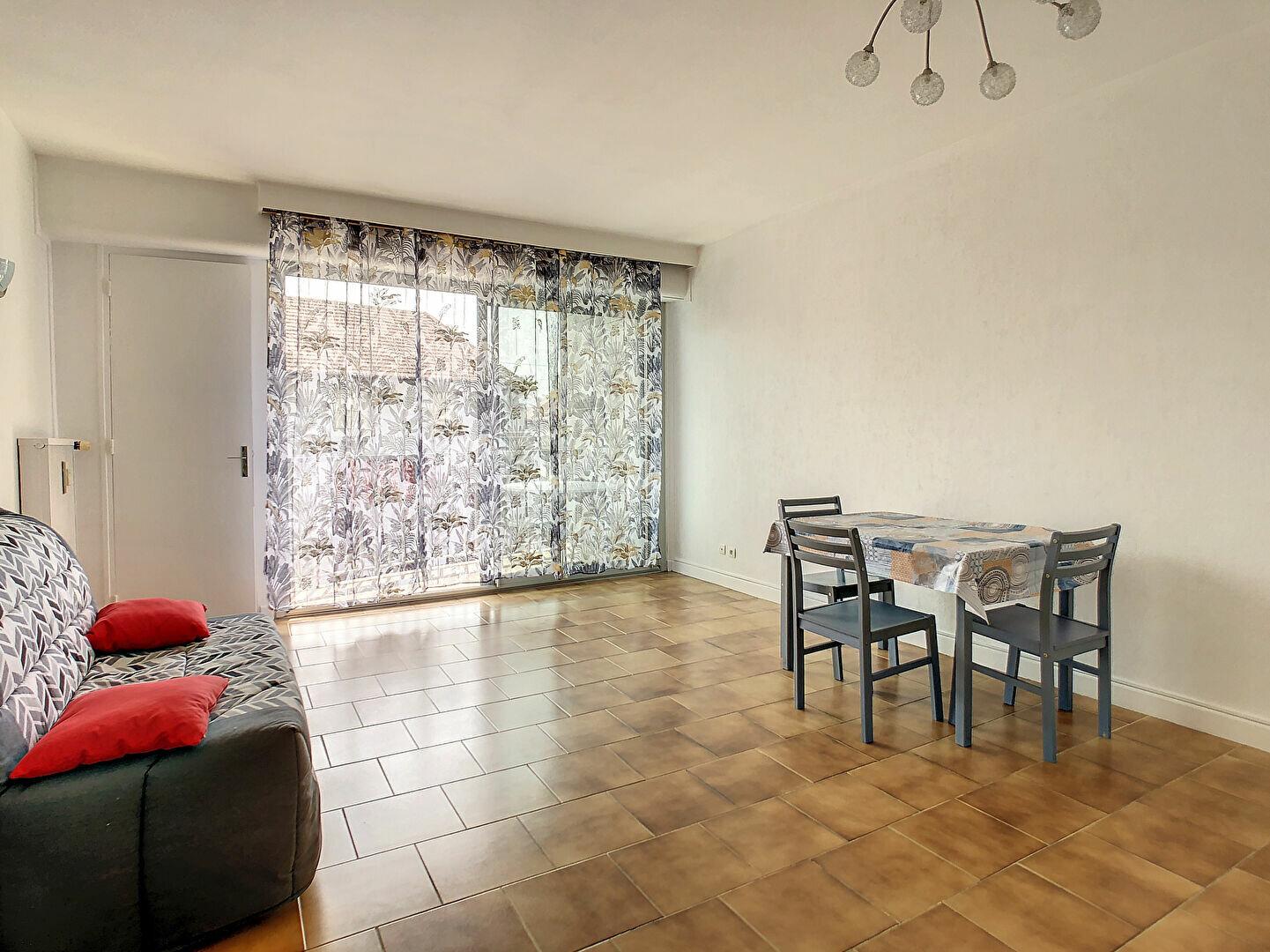 Appartement à louer 1 34m2 à Brive-la-Gaillarde vignette-2