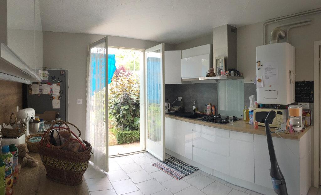Maison à louer 3 72m2 à Brive-la-Gaillarde vignette-2
