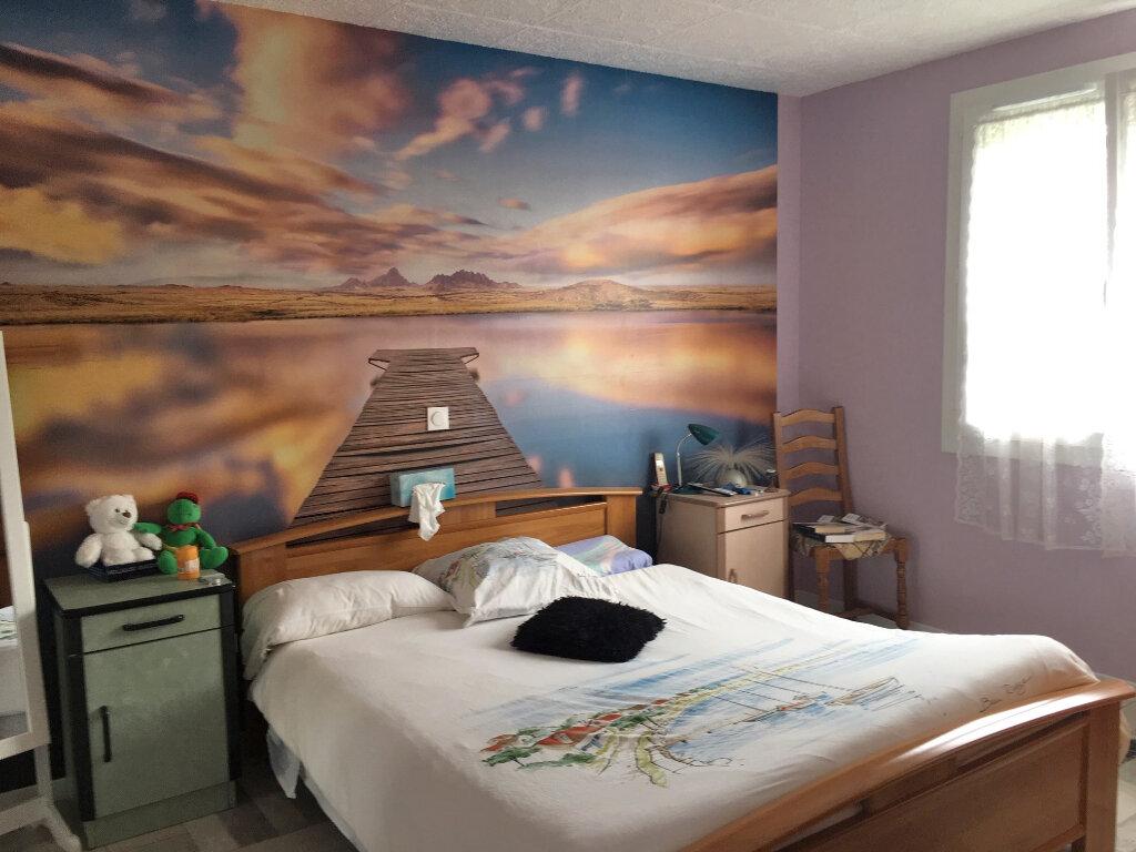 Maison à louer 3 72m2 à Brive-la-Gaillarde vignette-3