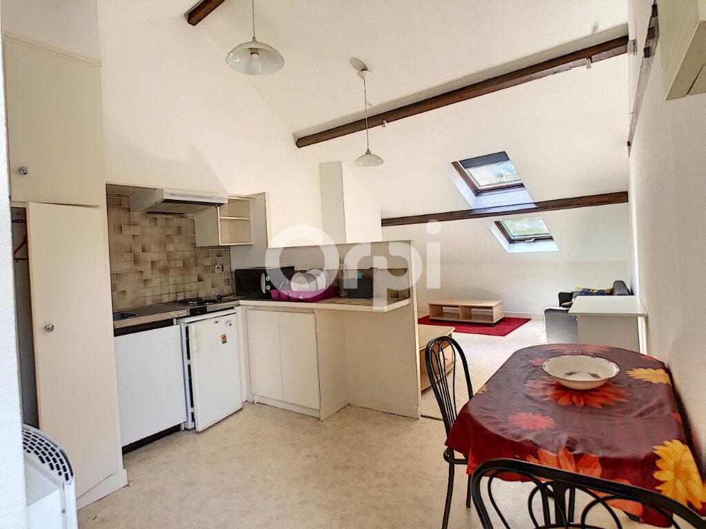 Appartement à louer 1 21m2 à Brive-la-Gaillarde vignette-4