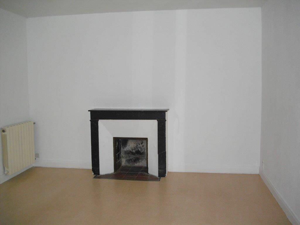 Appartement à louer 3 41m2 à Brive-la-Gaillarde vignette-3