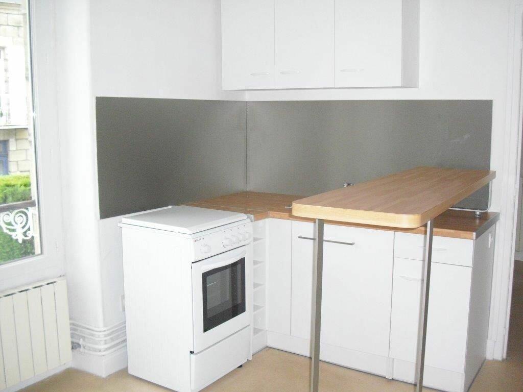 Appartement à louer 3 41m2 à Brive-la-Gaillarde vignette-4