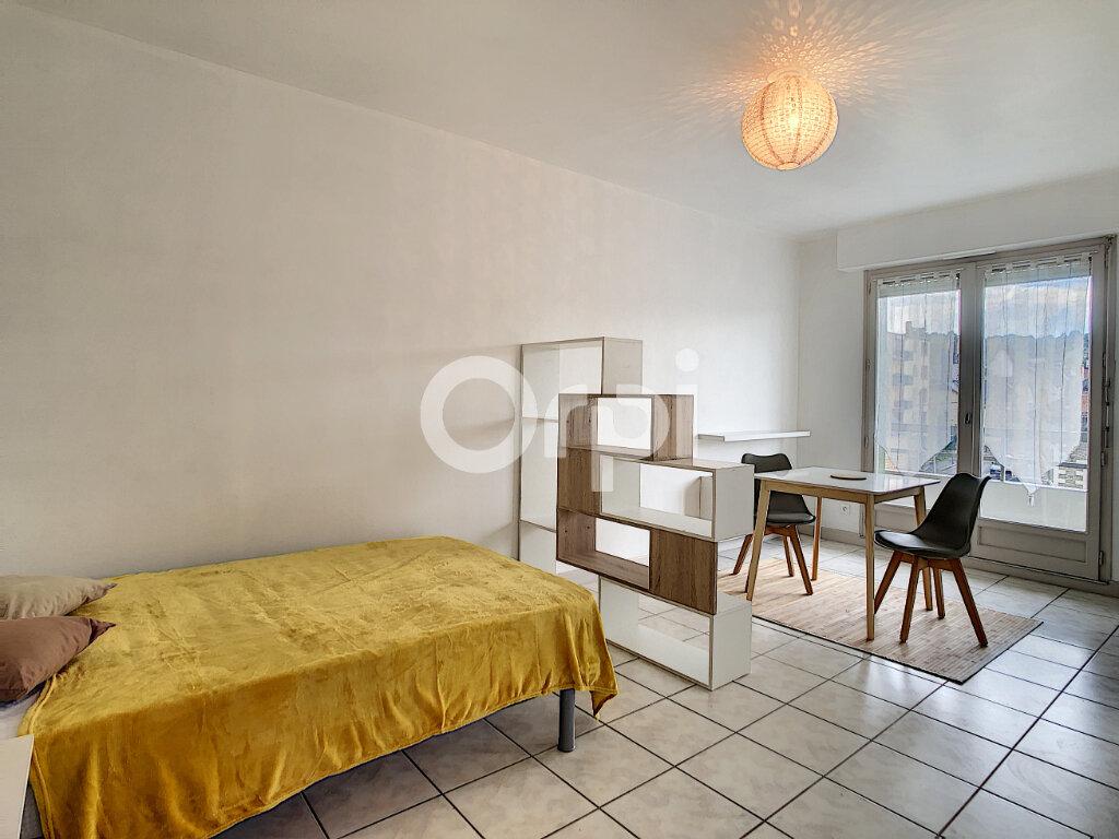 Appartement à louer 1 27m2 à Brive-la-Gaillarde vignette-4