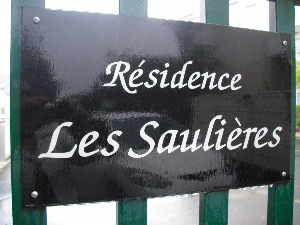 Appartement à louer 2 39m2 à Malemort-sur-Corrèze vignette-3
