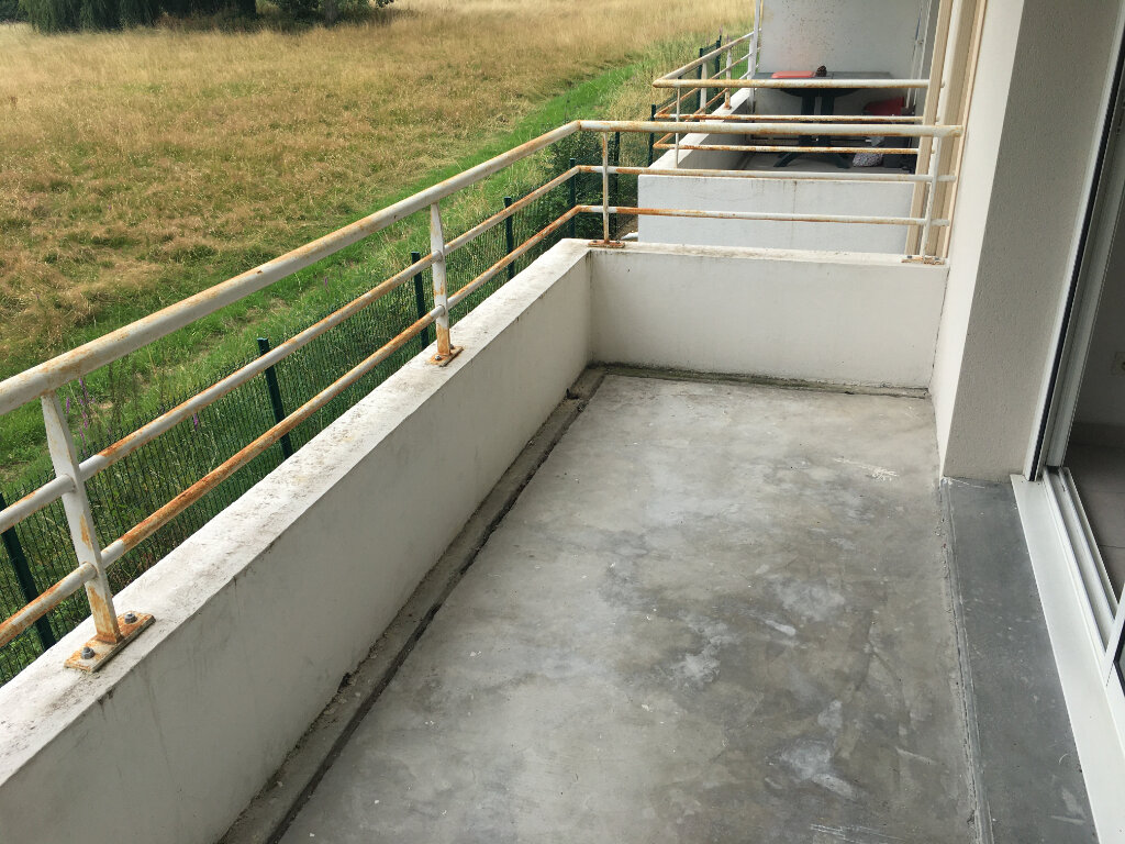 Appartement à louer 2 39m2 à Malemort-sur-Corrèze vignette-4