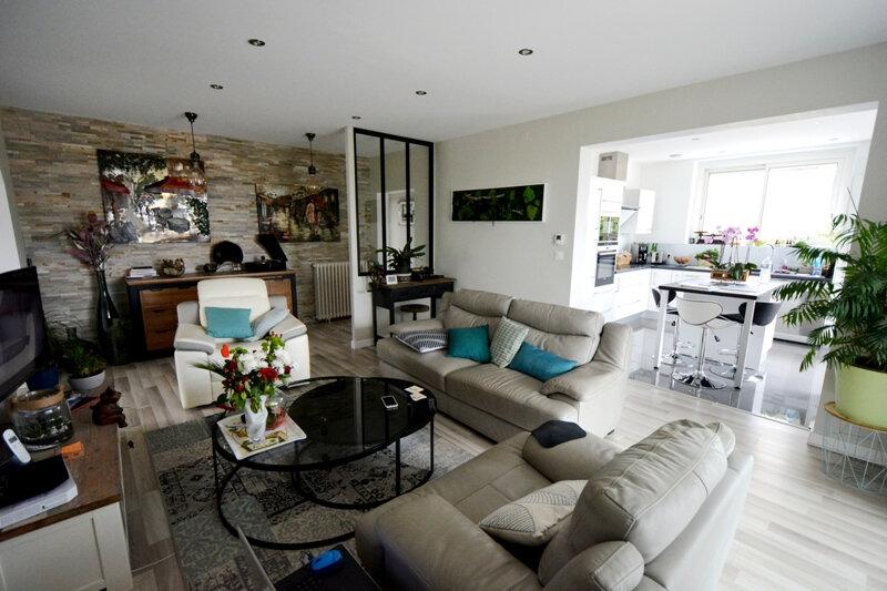Appartement à vendre 5 101.52m2 à Brive-la-Gaillarde vignette-1