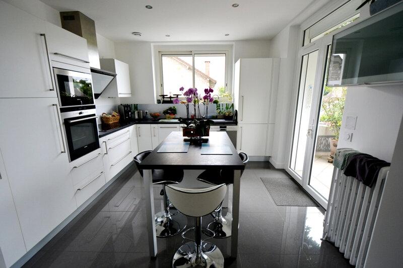 Appartement à vendre 5 101.52m2 à Brive-la-Gaillarde vignette-2