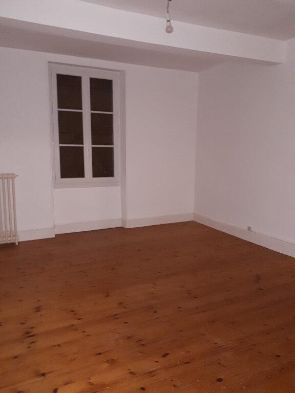 Maison à louer 7 150m2 à Beaumont-de-Lomagne vignette-6