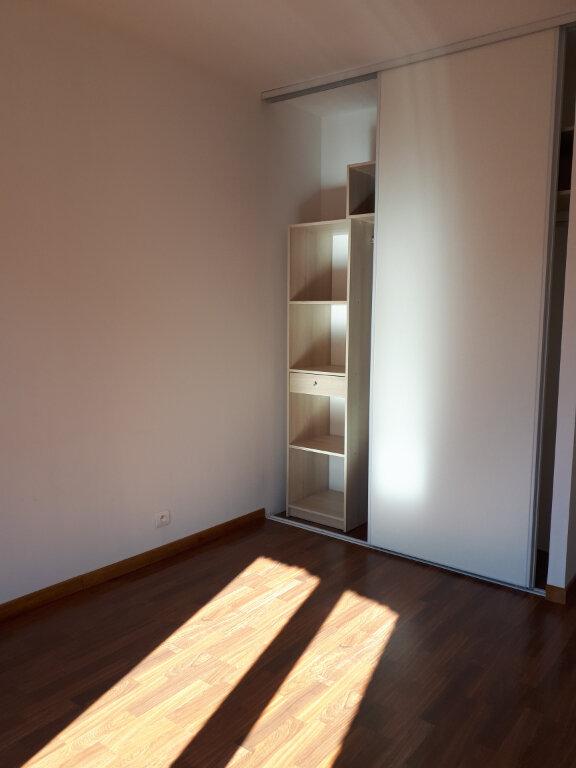 Maison à louer 4 94m2 à Castelsarrasin vignette-5