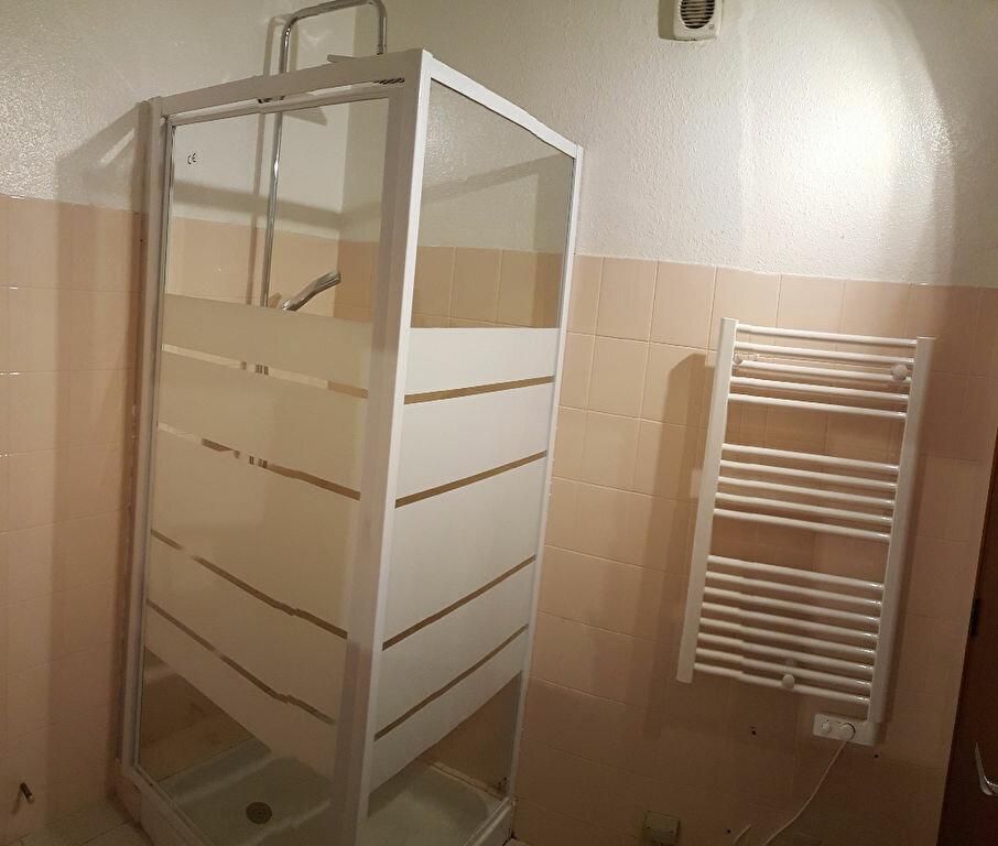 Appartement à louer 2 42.57m2 à Beaumont-de-Lomagne vignette-3