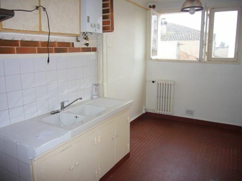 Appartement à louer 3 55m2 à Montauban vignette-3