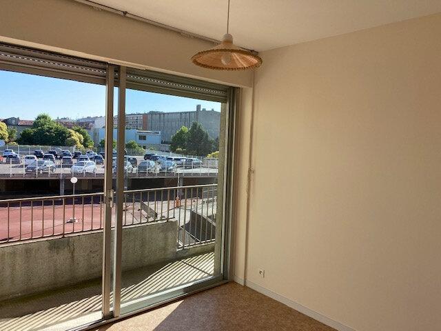 Appartement à louer 3 64.73m2 à Montauban vignette-5