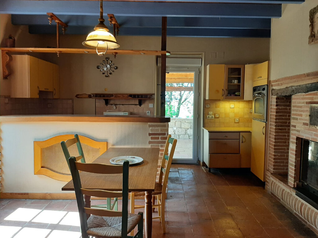 Maison à louer 6 182m2 à Beaumont-de-Lomagne vignette-5
