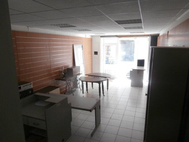 Local commercial à louer 0 58m2 à Moissac vignette-1