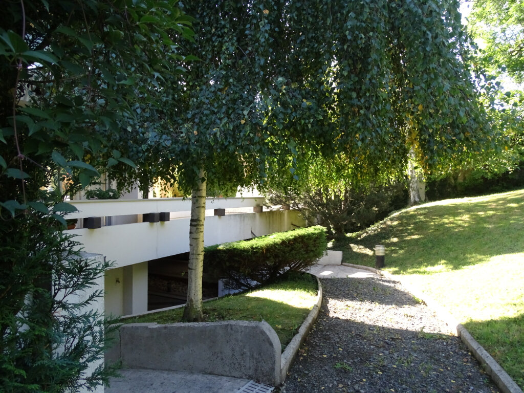 Appartement à vendre 4 92.66m2 à Saint-Étienne vignette-4
