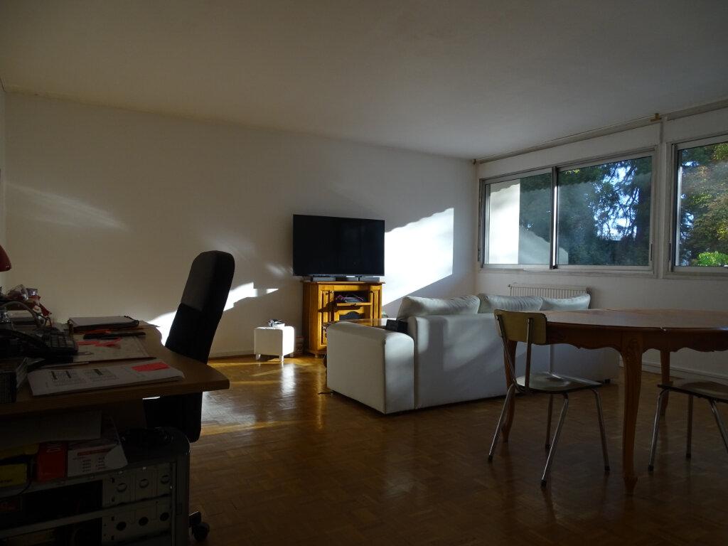Appartement à vendre 4 92.66m2 à Saint-Étienne vignette-6